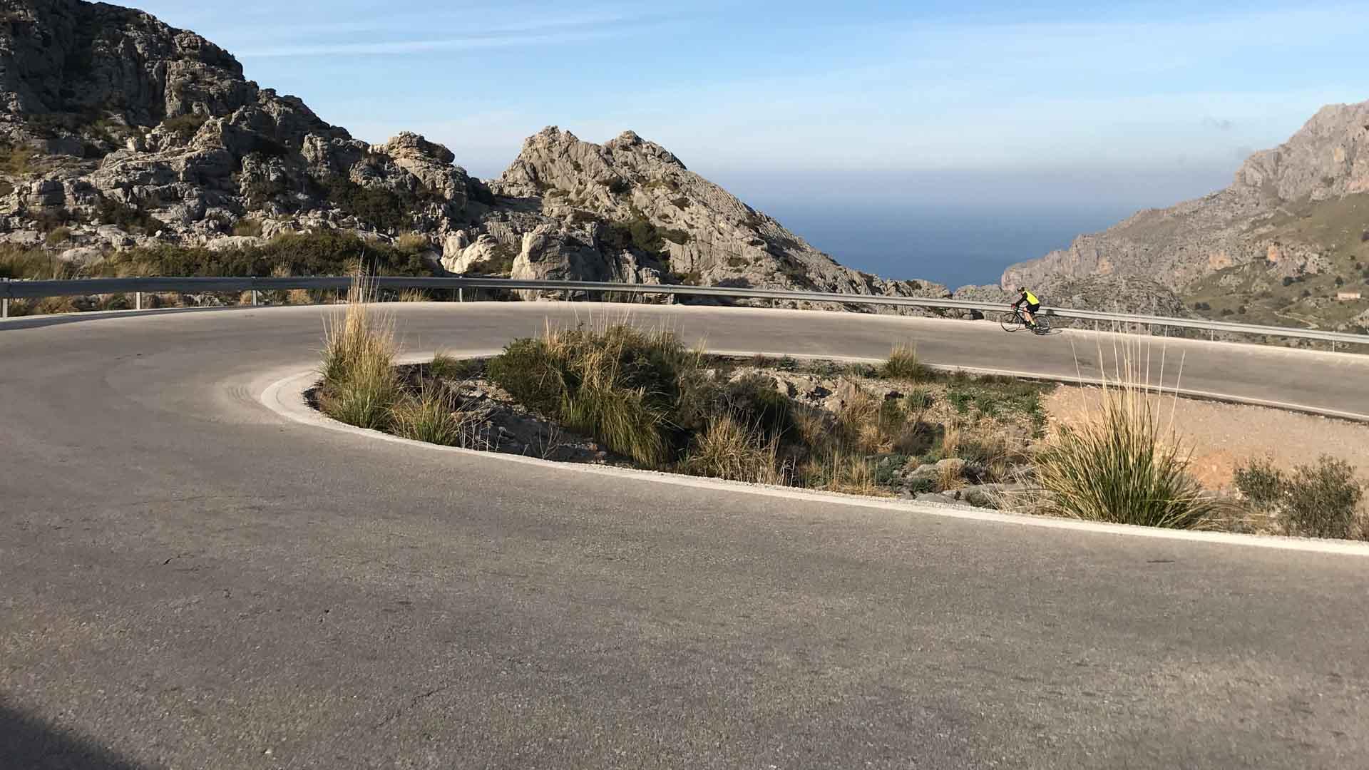 Cyclist on Sa Calobra climb