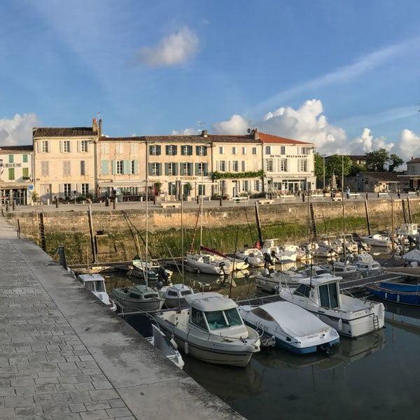 Early morning La Flotte harbour