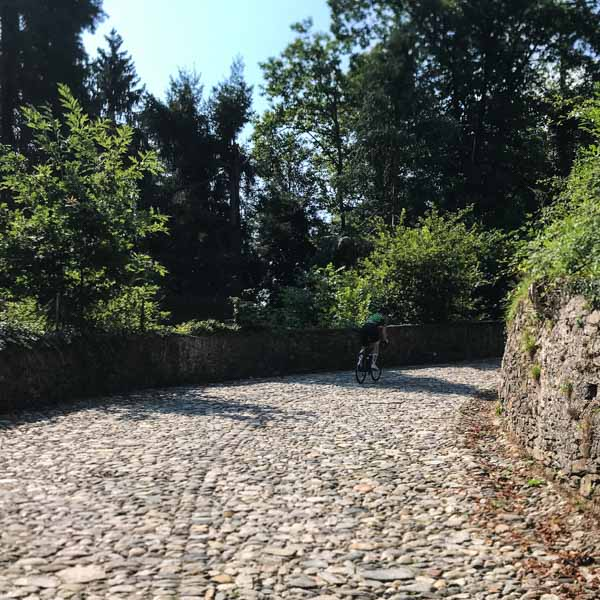 Cobbled climb out of Rogiano Valtravaglia on UCI 2018 VArese World Champs gran fondo road race course