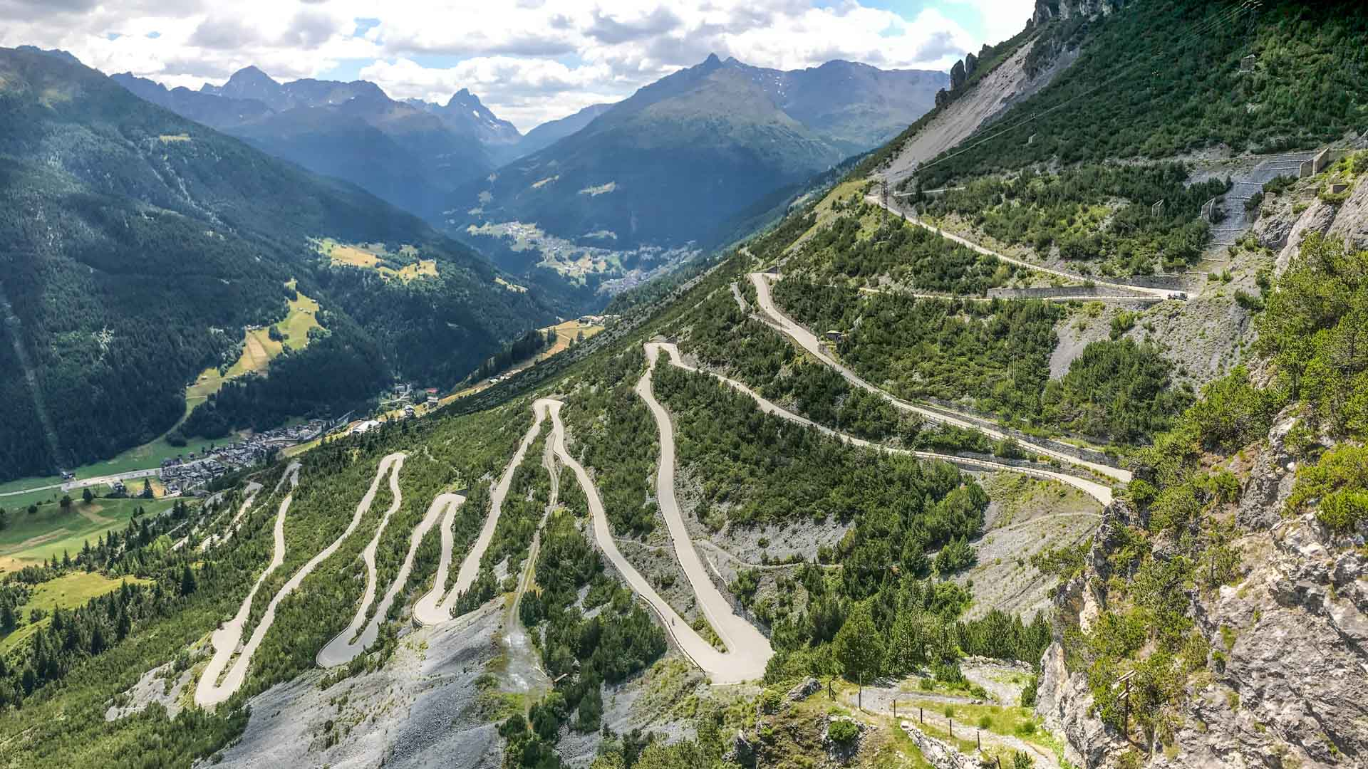 Cycling Lago di Cancano, Bormio, Italian Alps: GPX, map & tips