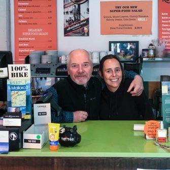 Owners of Sa Ruta Verda Mallorca coffee shop for cyclists