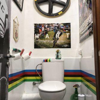 The eleborately decorated toilet at Cycling Planet Alaro Mallorca