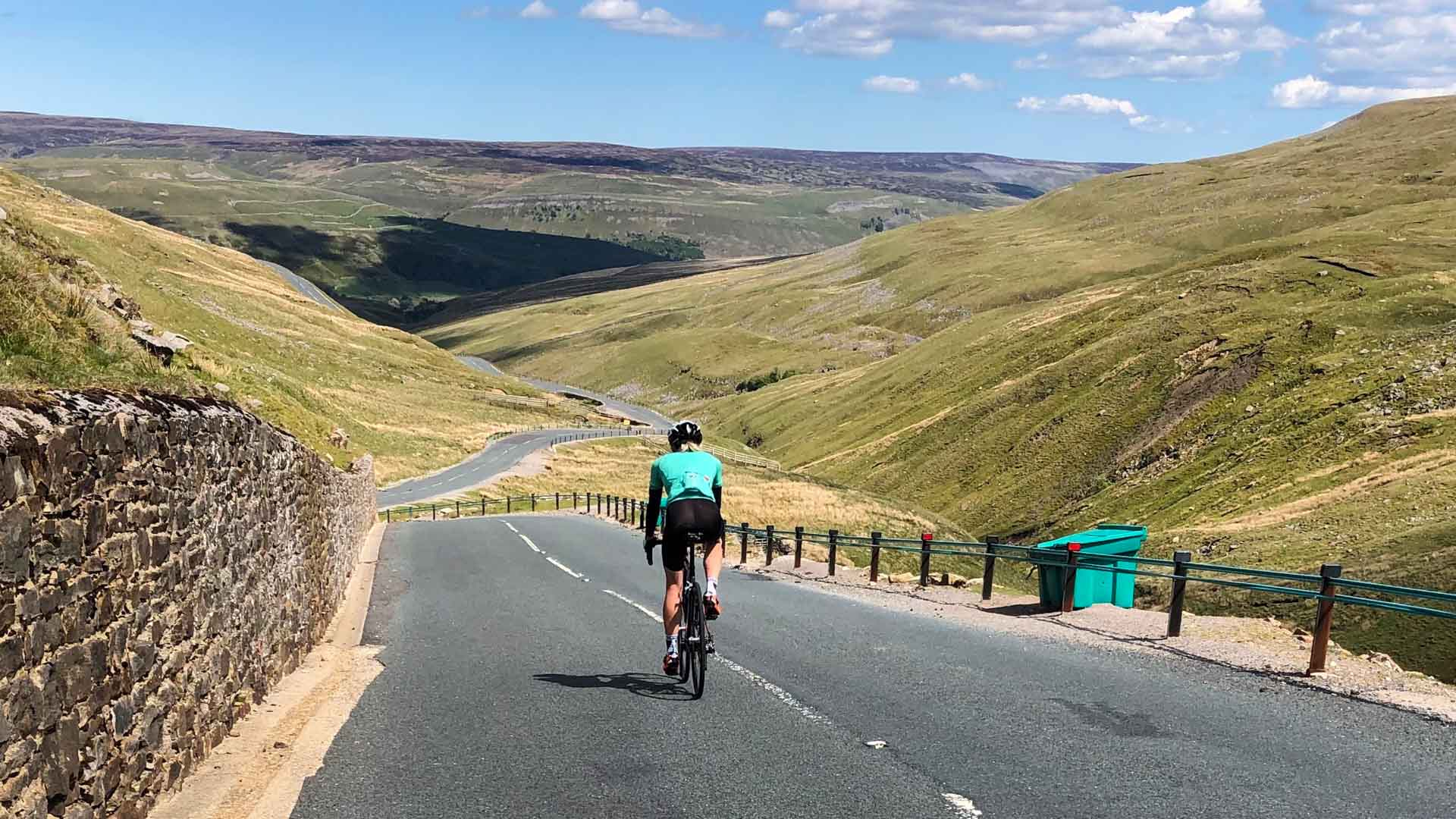Cycling loop Kidstones Pass, Buttertubs Pass + Greets Moss: GPX + more