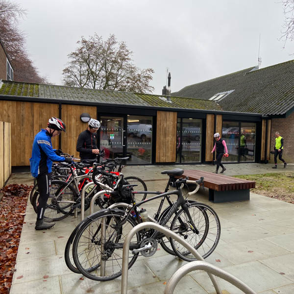 QE2 country park cafe for cyclists