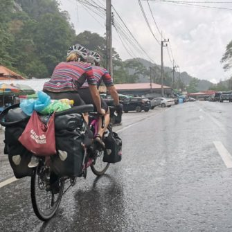 TandemWow cycling through India in monsoon season