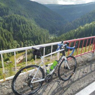 Cycling up Transfargarasan Highway