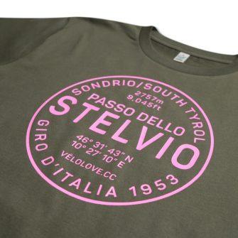 Stelvio tshirt close up in pink