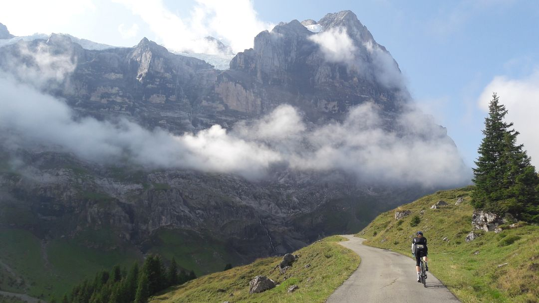 Cyclist in the mountains @askmatthi