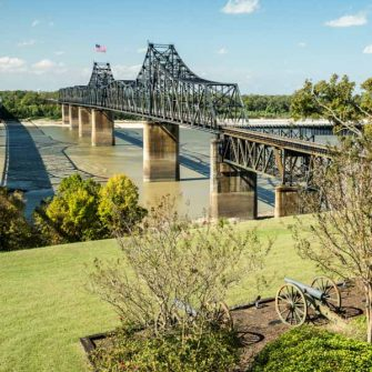 Crossing the Mississippi on a cycle trip across the USA