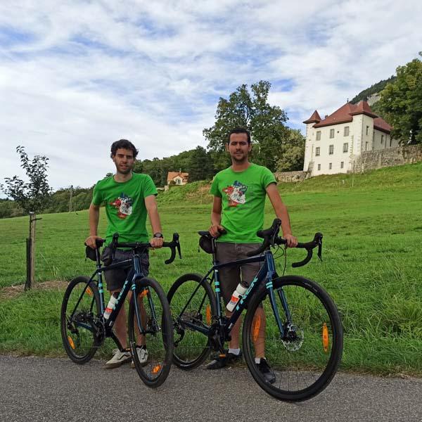 Cyclists at La Chartreuse de Pomier on the Salève