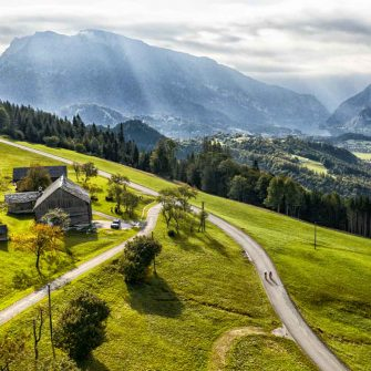 Mountain landscapes perfect for cycling in Austria, Salzkammergut (credit: ©Foto WOM Medien GMBH Andreas Meyer)