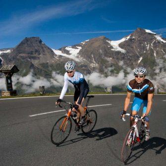 Cyclists on Grossglockner cycling climb Austria (credit Pinzgau_Heiko Mandl)
