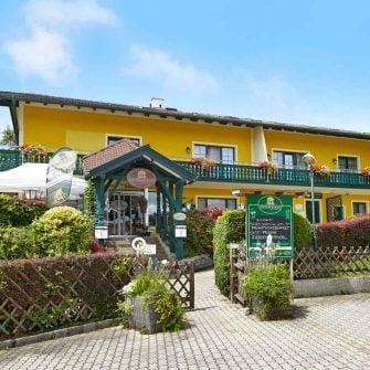 Landfasthof Kumbacherhof cycling hotel Austria